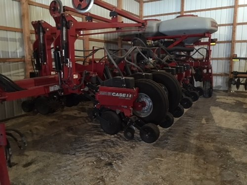 Planter For Sale:  2010 Case IH 1250