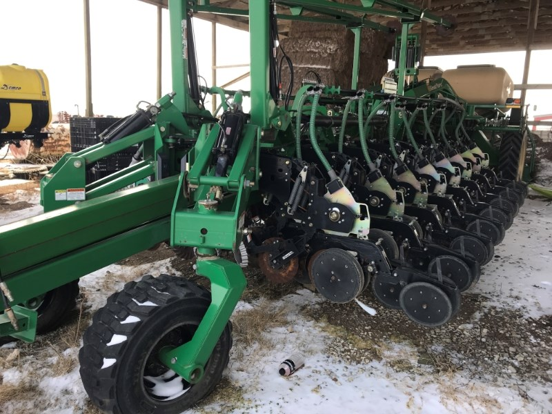 2007 Great Plains YP 1625 Planter For Sale