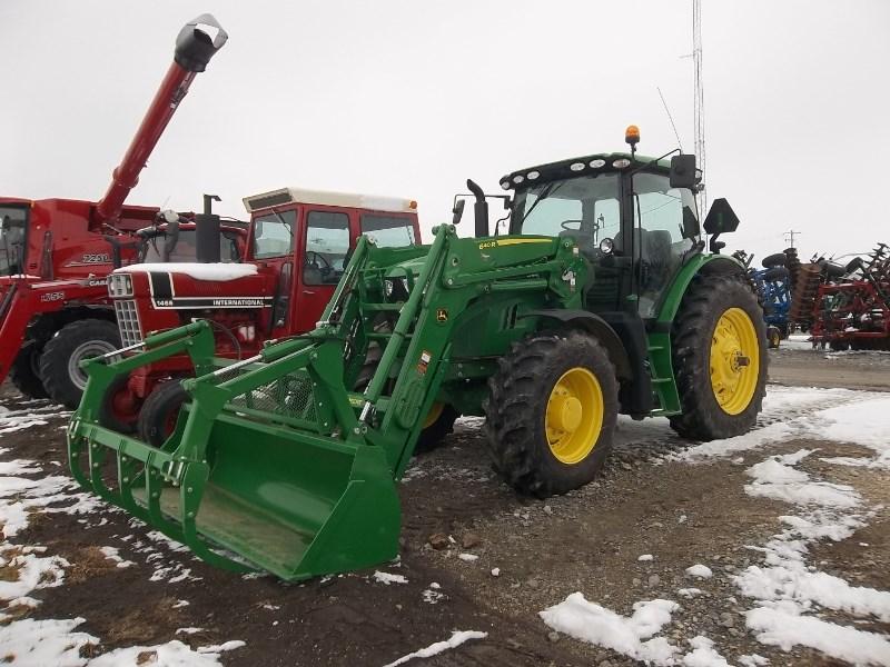 2018 John Deere 6155R Tractor For Sale