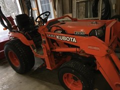 Tractor For Sale 2002 Kubota B2410HSD , 24 HP