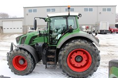 Tractor For Sale 2015 Fendt 824 , 240 HP
