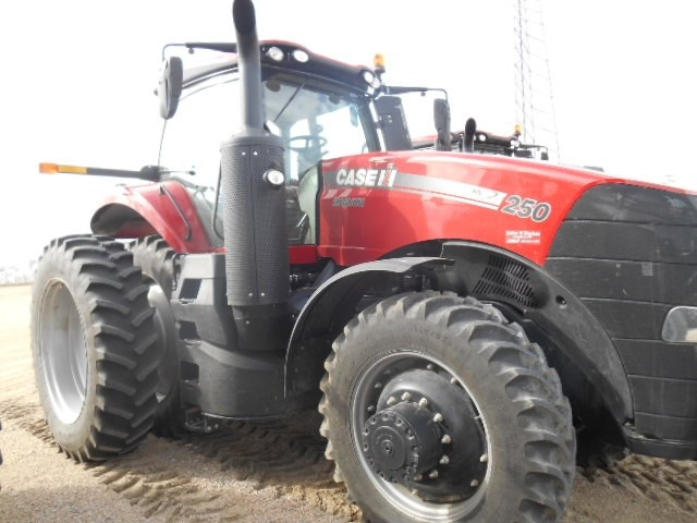 2016 Case IH MAGNUM 250 Tractor For Sale