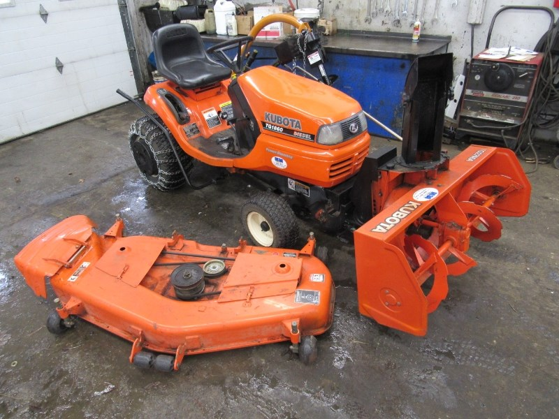 2003 Kubota TG1860 Tractor For Sale