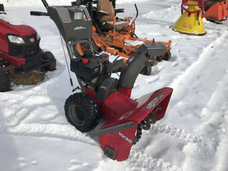 Yard King 10/30 Snow Blower For Sale