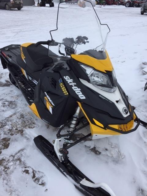 2016 Ski-Doo 2016 BLIZZARD 600E-TEC E.S. BLK/YEL Snowmobile For Sale
