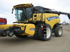 Combine For Sale 2017 New Holland CR8.90