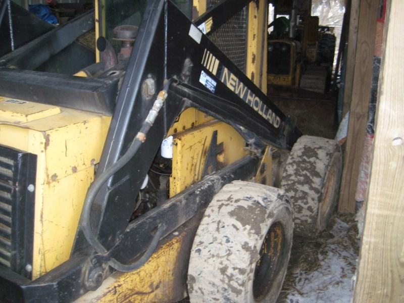 1990 New Holland L785 Skid Steer For Sale