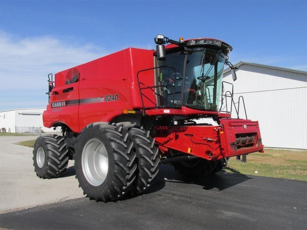 2018 Case IH 8240 Combine For Sale