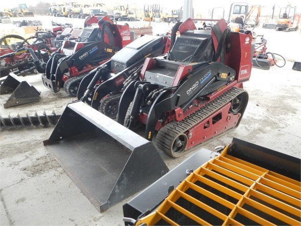 2017 Toro DINGO TX1000W Skid Steer-Track For Sale