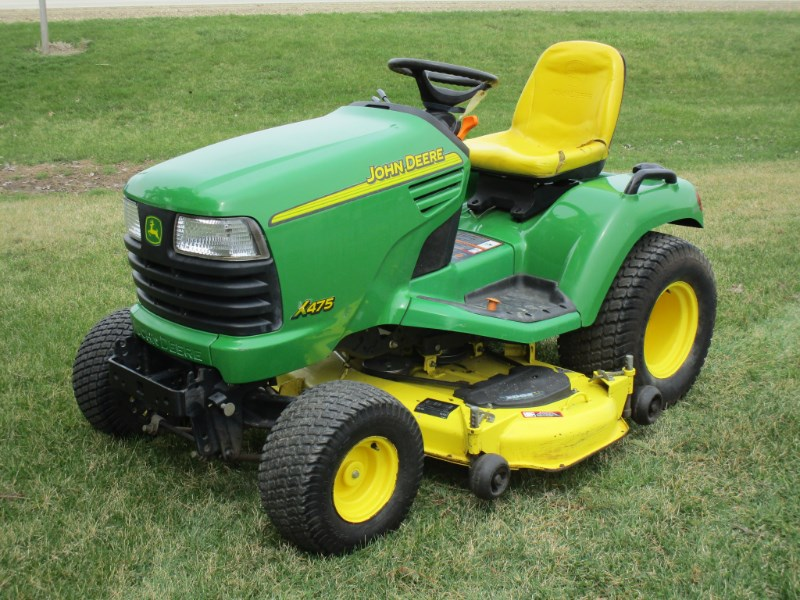 2002 John Deere X475 Riding Mower For Sale