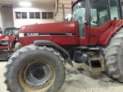 Tractor - Row Crop For Sale Case IH 7120