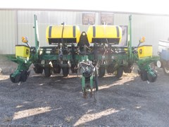 Planter For Sale 1998 John Deere 1760