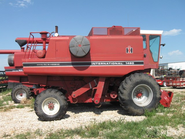 1982 International 1460 Combine For Sale