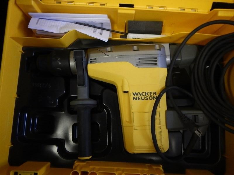 2015 Wacker EHB7, 120V, 16.1 lbs, 300 RPM Drill Speed Hammer-Demolition a la venta