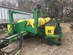 Planter For Sale 1998 John Deere 1770