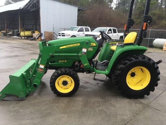 2016 John Deere 3032E Tractor For Sale