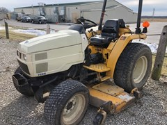 Tractor - Compact For Sale Cub Cadet 7265 , 26 HP