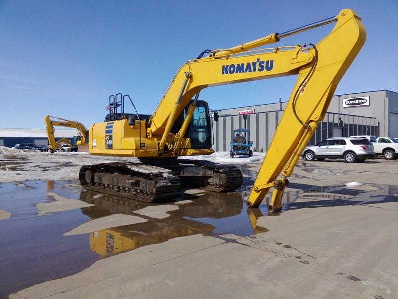 2012 Komatsu PC240LC-10 Excavator For Sale