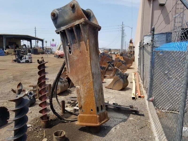 2014 Toku CH-230, Fits Case CX350C-CX350D, 5953 Lbs Excavator Attachment a la venta