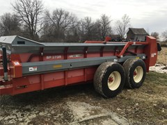 Manure Spreader-Dry For Sale 2012 Massey Ferguson SP3735