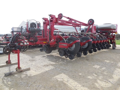 Planter For Sale:  2007 Case IH 1250