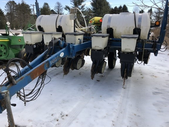 Kinze 3000 Planter For Sale