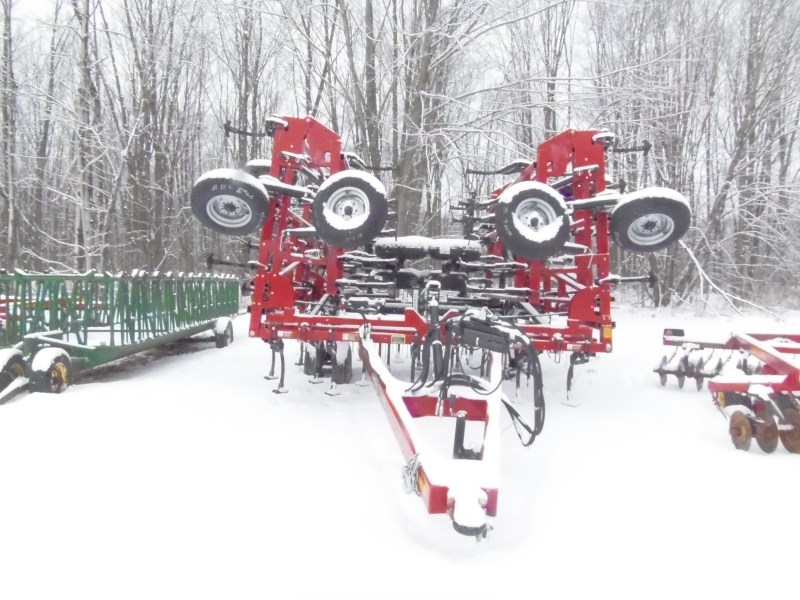 Case IH TIGERMATE 200 40.5 CULTIVATOR Tillage For Sale
