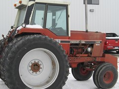Tractor For Sale 1980 International 1586