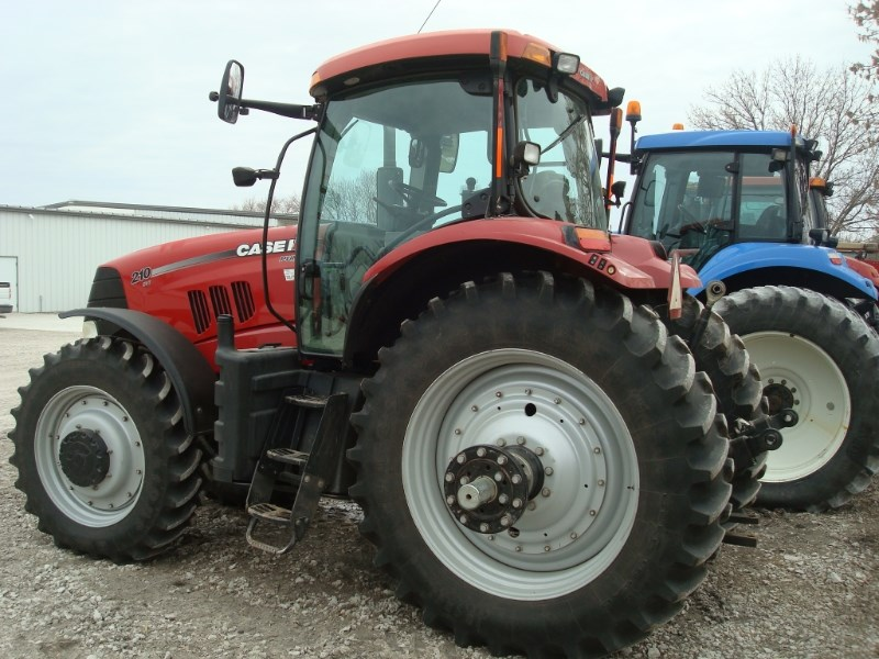 2010 Case IH PUMA 210 Tractor For Sale