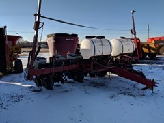 Planter For Sale 2010 White 6100
