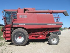 Combine For Sale 1989 Case IH 1680