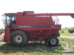 Combine For Sale 1991 Case IH 1680