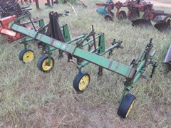 Row Crop Cultivator For Sale 1972 John Deere RG4