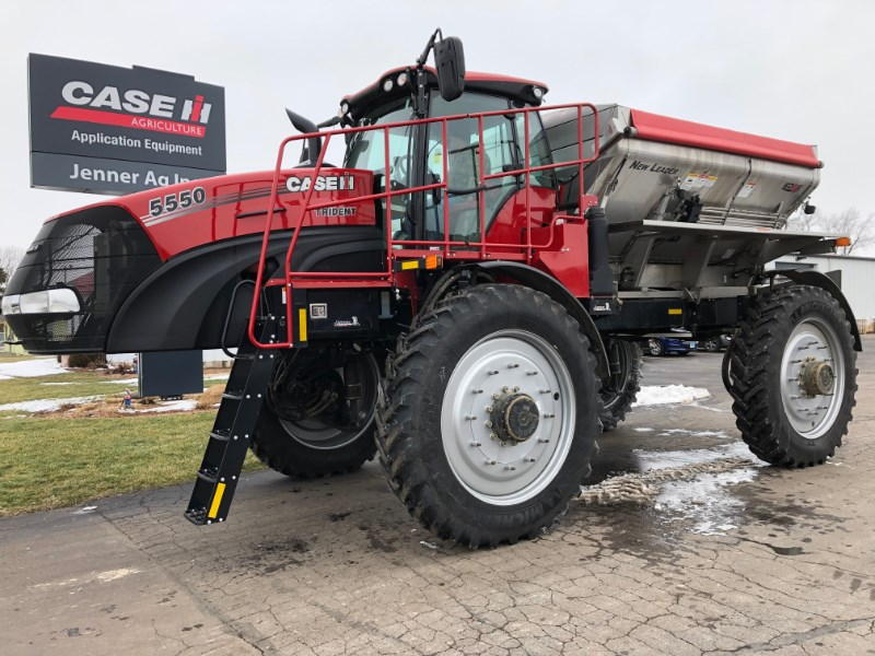 2018 Case IH TRIDENT 5550 Floater/High Clearance Spreader For Sale