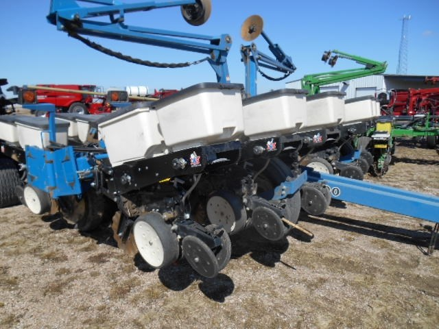2008 Kinze 3200 Planter For Sale