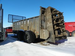 Manure Spreader-Dry For Sale Artex SB600
