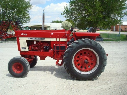 Tractor For Sale:  1974 International 1466 , 147 HP