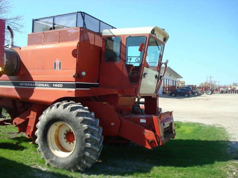 1979 Case IH 1460 Combine For Sale