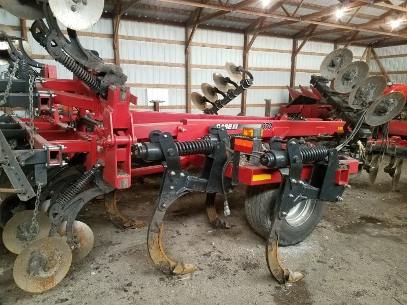 2009 Case IH 870 Disk Ripper For Sale
