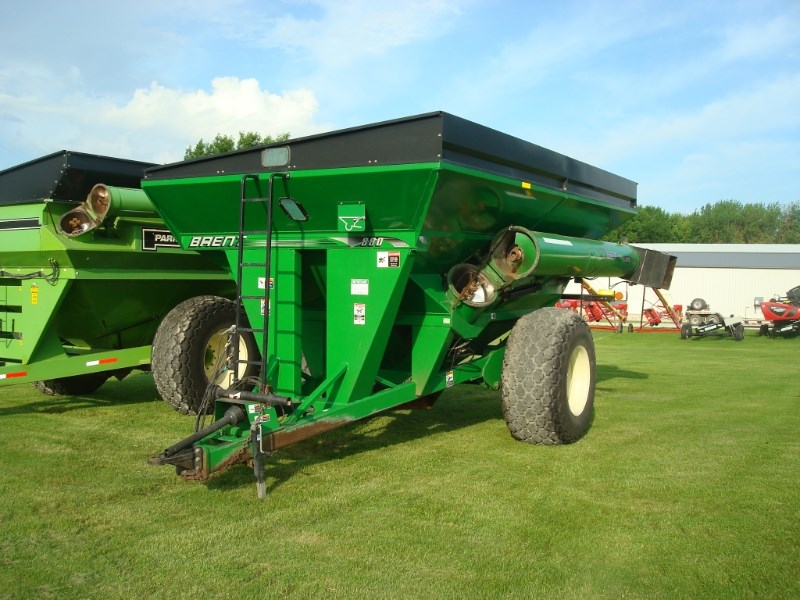 Brent 880 Grain Cart For Sale