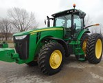 Tractor For Sale2013 John Deere 8260R, 260 HP