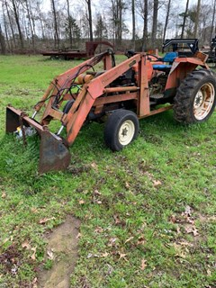 Tractor For Sale Allis Chalmers 6140 , 44 HP