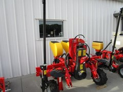 Planter For Sale 2017 MaterMacc 8200 2 Row