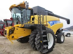 Combine For Sale 2007 New Holland CR9060 , 340 HP