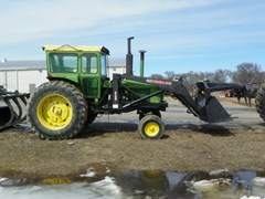 Tractor For Sale 1972 John Deere 4320
