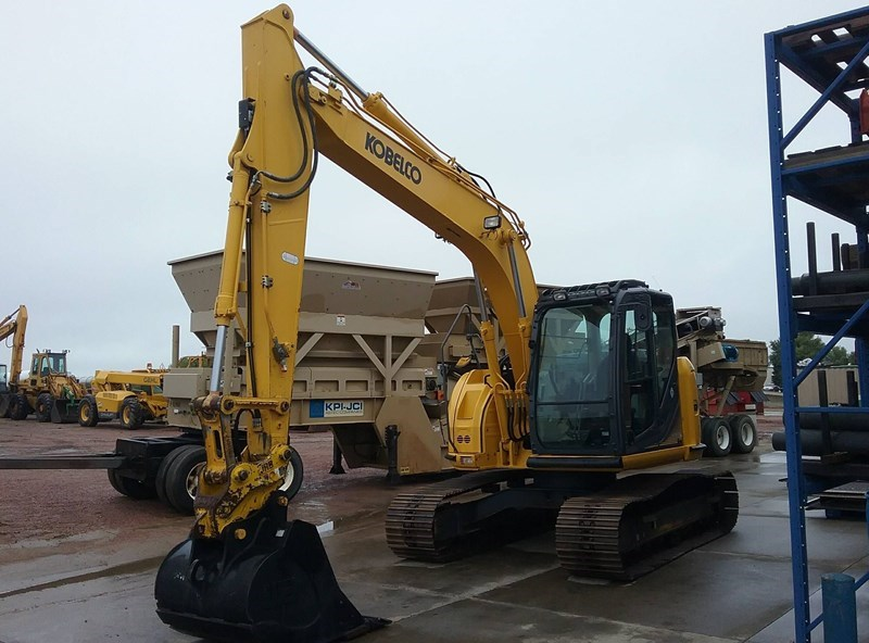 2015 Kobelco SK140SRLC-3 Excavator For Sale