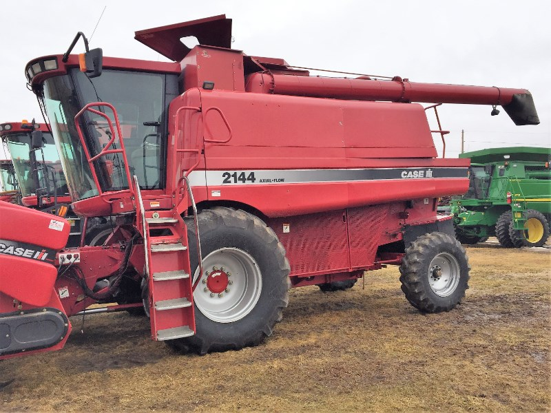 Case IH 2144 Combine For Sale