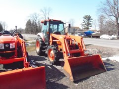Tractor For Sale 2006 Kubota M7040HDC