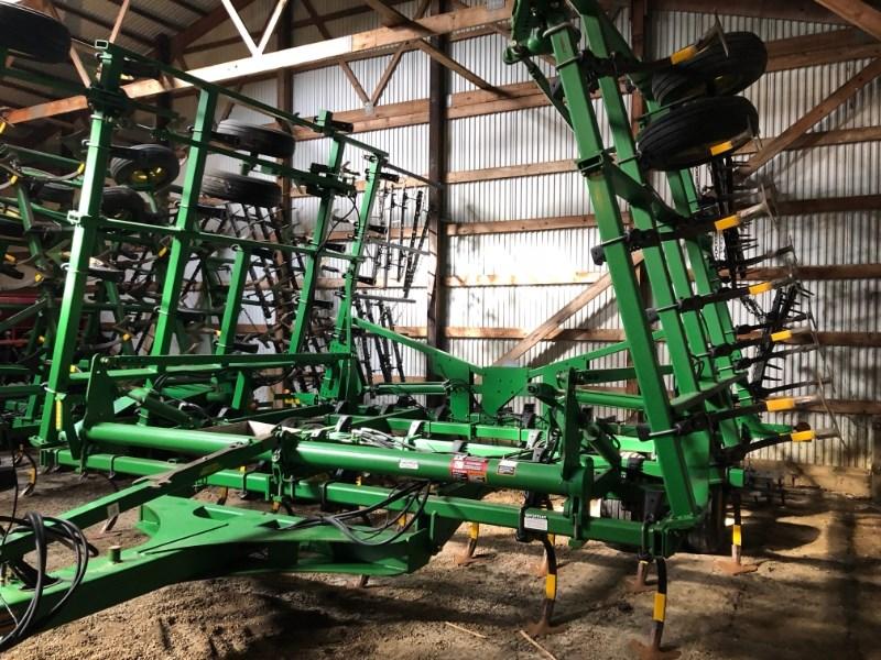 2008 John Deere 2210 LL Field Cultivator For Sale