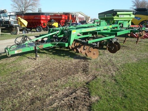 Disk Ripper For Sale:  John Deere 2700